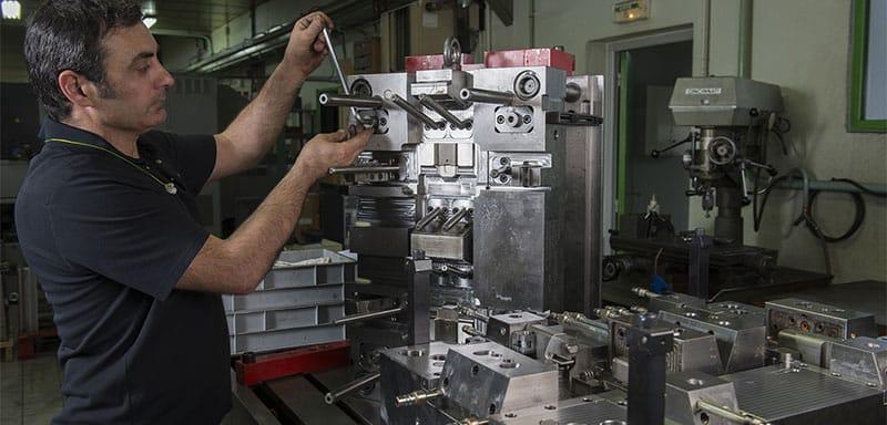 MCDM - Montage ajustage des moules de précision